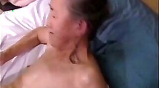 Busty granny toying her sexy cunt