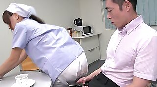 Busty Japanese babes Gin and Einar do super tight sex