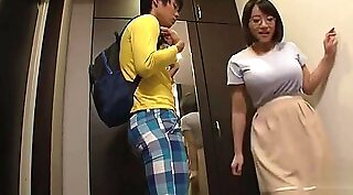 Sexy japanese student fingers old teacher