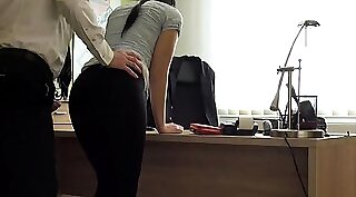 Crazy sex at the office for tight patient
