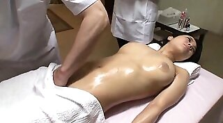 Chinese Domina with big plump ass fistfucked and rides it doggy style